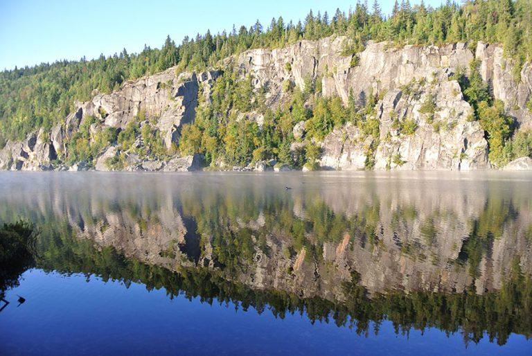 Falaise-du-lac-Bernard1